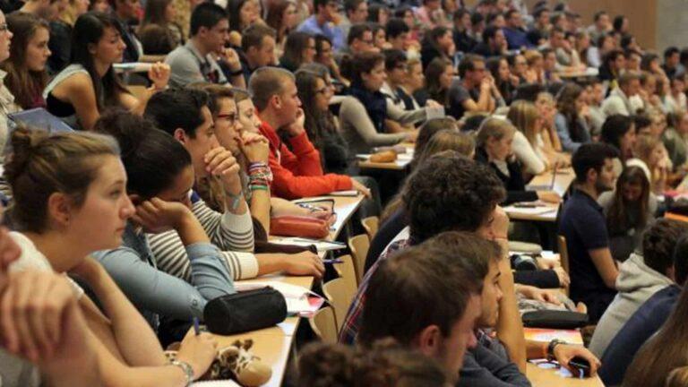 Visa d'études en France : le calvaire d'une étudiante algérienne