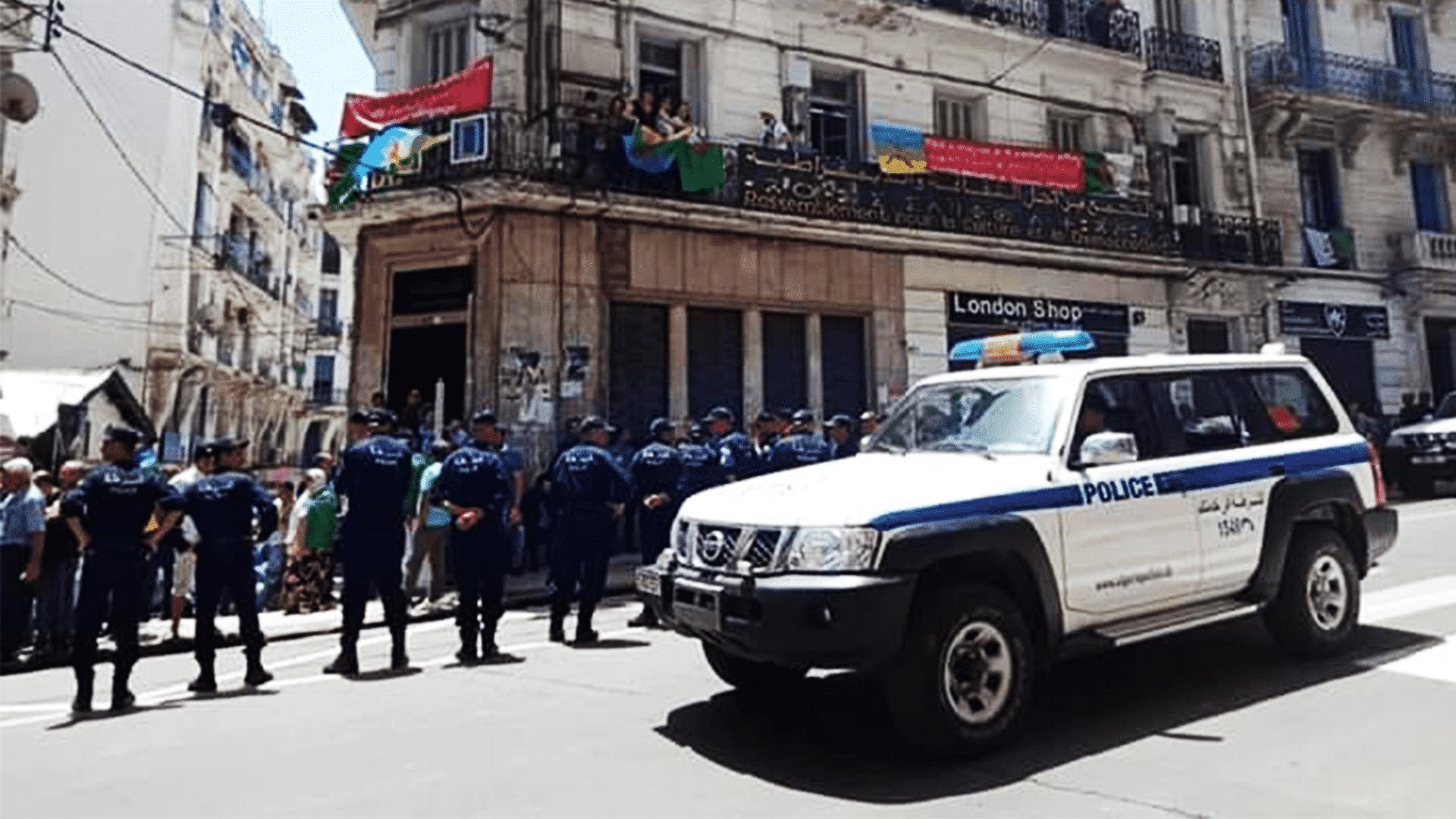 Algérie : Le wali d'Alger s'ingère dans la gestion du siège du RCD