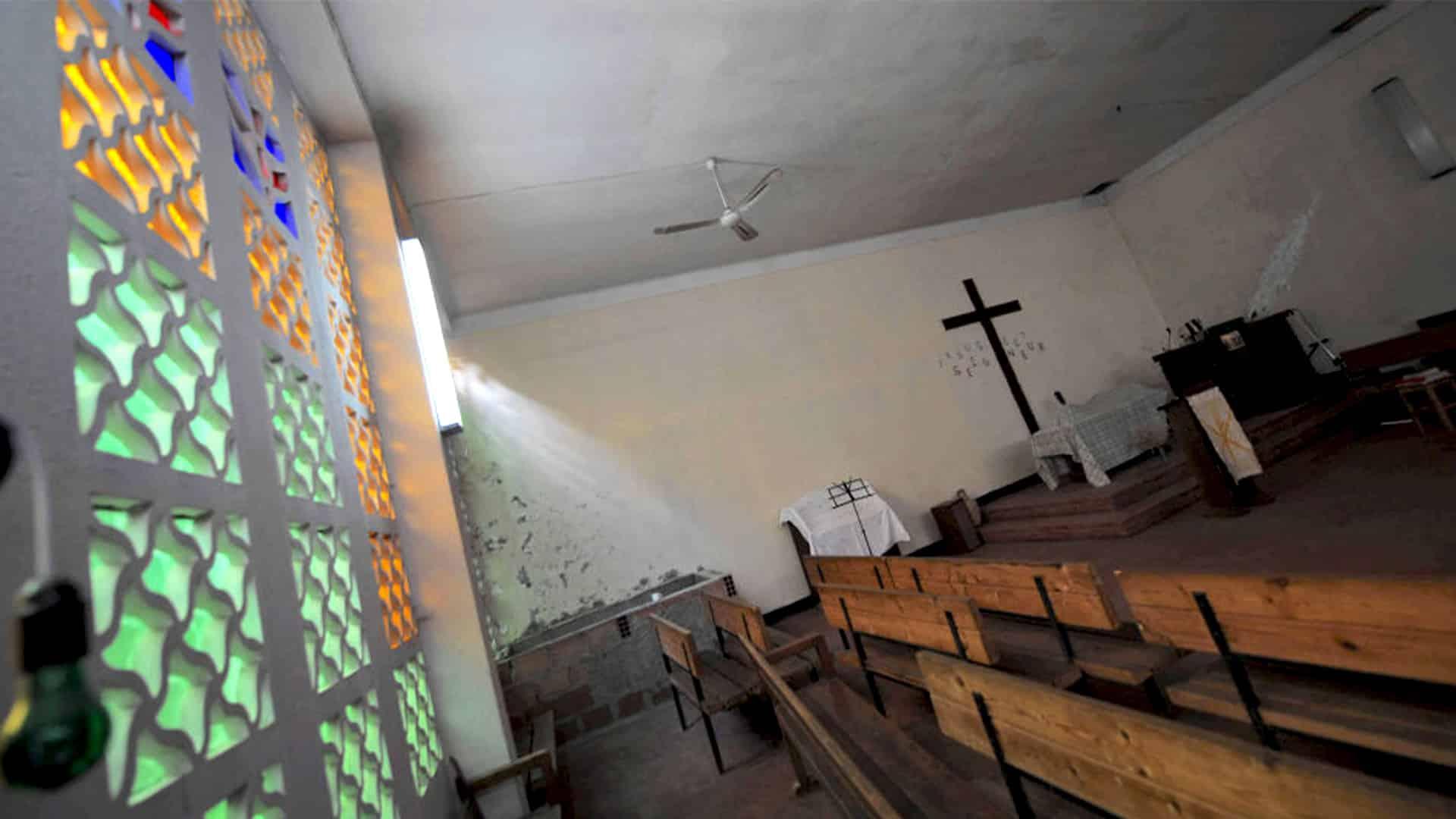 Algérie : Deux nouvelles églises fermées